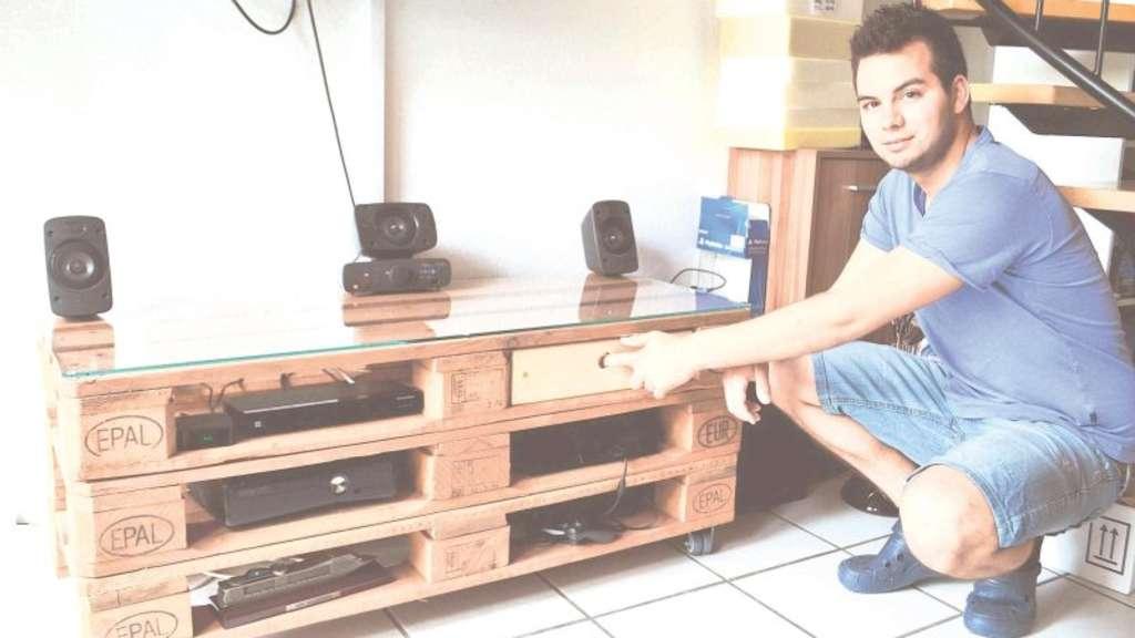 kevin baut m bel aus paletten wermelskirchen. Black Bedroom Furniture Sets. Home Design Ideas