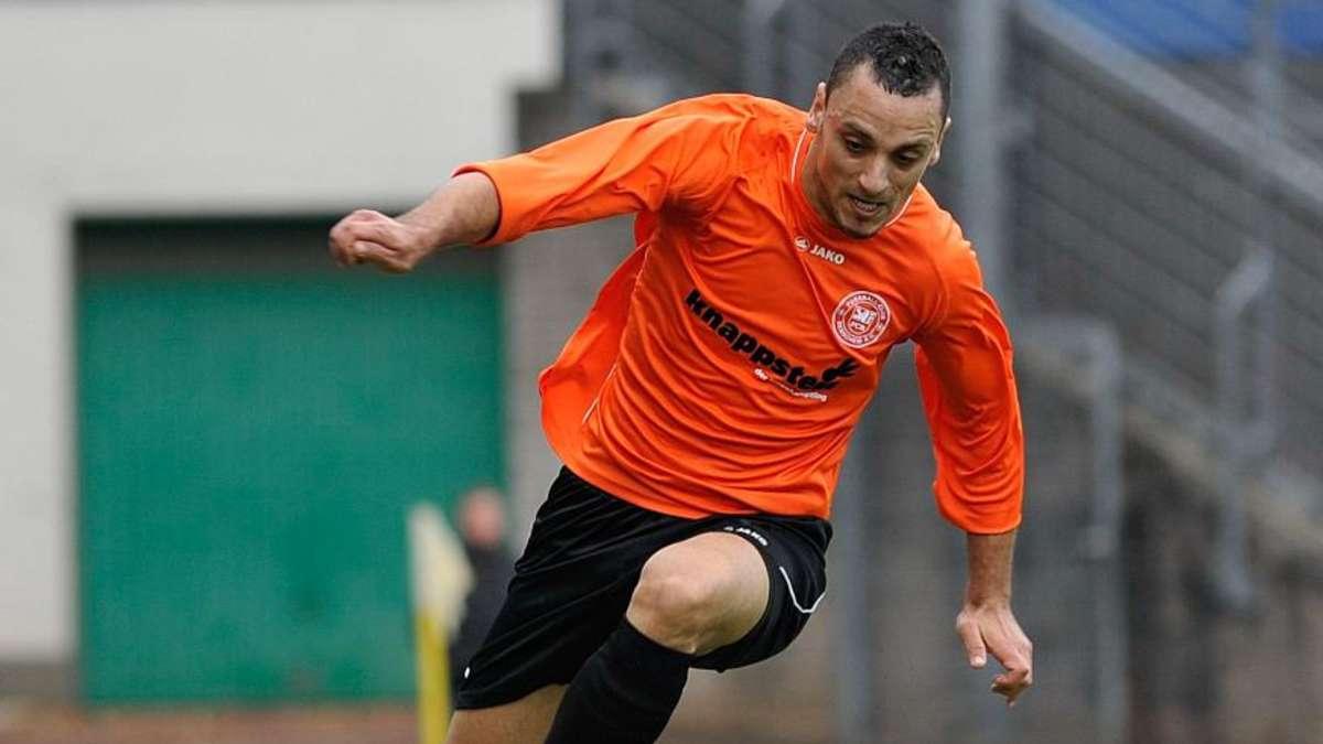 Taufik Butziat – hier noch im Dress des FC Remscheid. Foto: Holger Battefeld