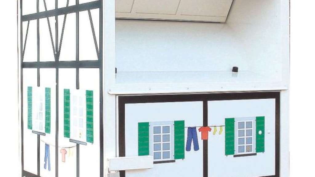 Bav Sammelt Altkleider Im Bergischen Fachwerkcontainer Hückeswagen
