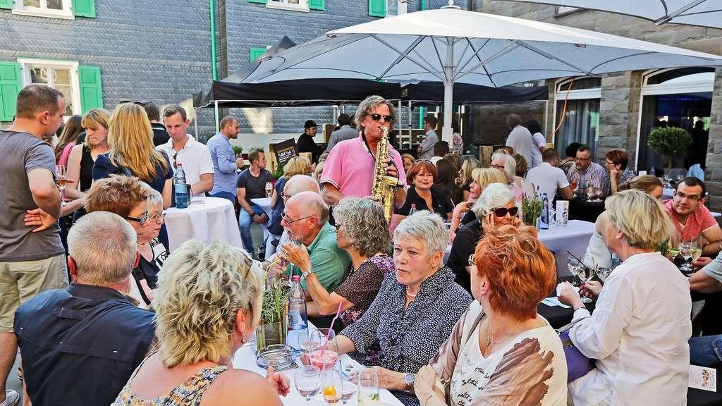 520 Gäste feiern exklusive Küchenparty   Remscheid
