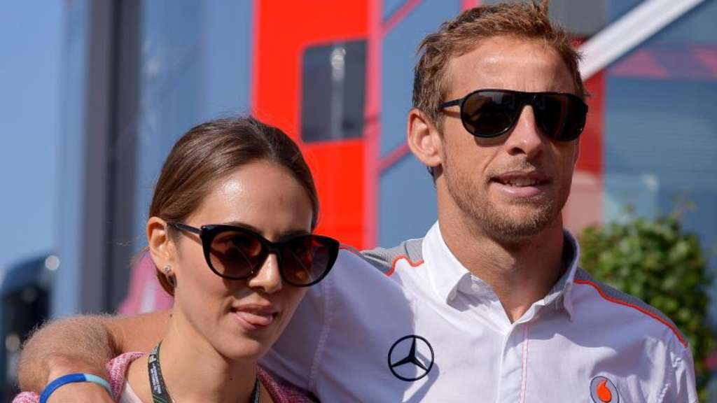 Jenson Button und Jessica 2013 am Nürburgring. Foto: David Ebener