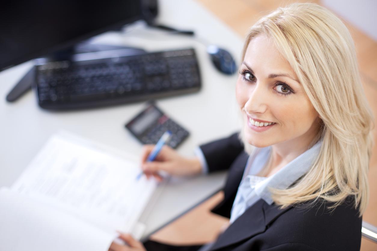 Besonders gefragt bei Personalern: Eigeninitiative (100 Prozent),  Leistungsbereitschaft (98 Prozent), Kommunikationsfähigkeit (95 Prozent)  und Teamfähigkeit ...