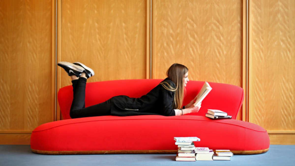 unn tzes wissen gibt es einen unterschied zwischen sofa und couch wohnen. Black Bedroom Furniture Sets. Home Design Ideas