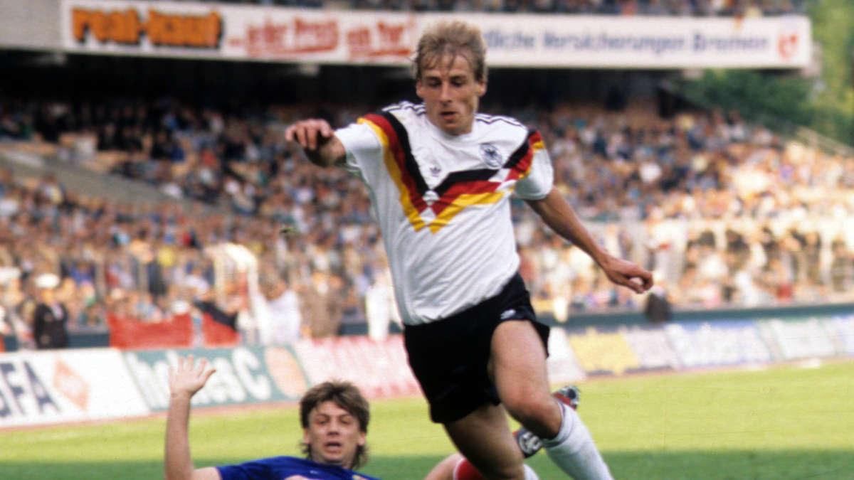 Nicht-immer-stilsicher-Die-Trikots-des-DFB-bei-allen-WMs-und-EMs-seit-1934
