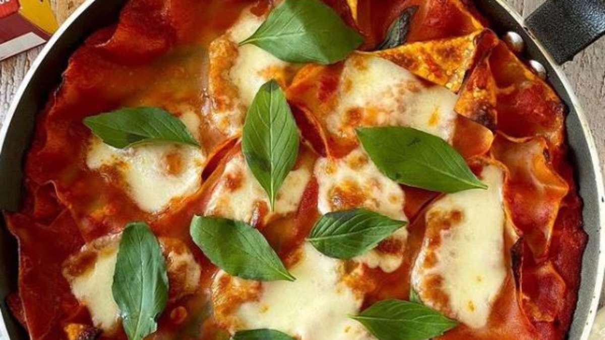 Schnelles-Rezept-f-r-Pfannen-Lasagne-So-k-nnen-Sie-den-Klassiker-ohne-Ofen-zubereiten